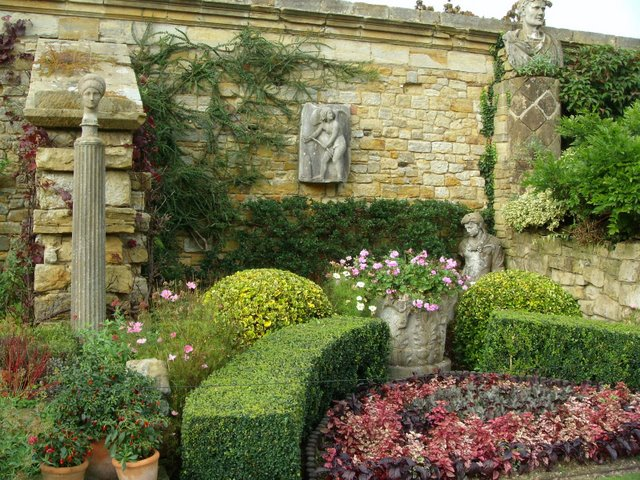 Italian garden garden flower photos and videos for Italian garden design